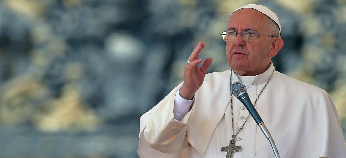 Pope Francis pokes holes in 'gender theory,' saying male, female roles are separate