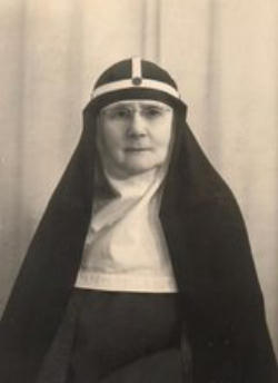 Mother Riccarda was baptised at St Mary Magdalen Church in Brighton as a four-year-old after her Anglican parents converted to the Catholic faith. She joined the Bridgettines at the age of 24, and soon became deputy to the founding mother of her branch of Bridgettines, Blessed Mary Elizabeth Hesselblad.