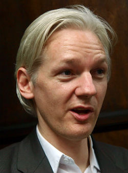 WikiLeaks founder, Julian Assange of Australia is being investigated by federal authorities for possible espionage charges.