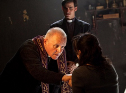 When seminarian Michael Kovak (Colin O'Donoghue) is assigned to an experienced exorcist, Father Lucas Anthony (Anthony Hopkins), the world of the demonic is opened before him.