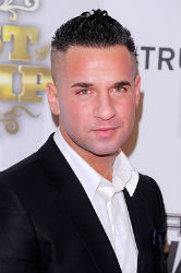 Michael 'The Situation' Sorrentino, one of the most popular characters on the TV show 'Jersey Shore' is known for lifting up his shirt off to reveal his abdomen muscles, more often flashing the logo on the waistband of his underwear.