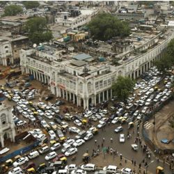 New Delhi's subway system is at a standstill, as well as its traffic lights. While traffic policemen were filling in, but the blackout had resulted in widespread traffic jams.
