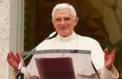 Pope Benedict's gives his Angelus message