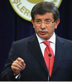Turkish Foreign Minister Ahmet Davutoglu says that they have found and identified 700 missiles currently in Syria. Speaking to newspaper journalists, officials know who controls the missiles.