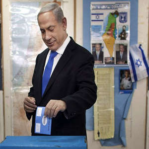 Prime Minister Binyamin Netanyahu is expected to win a third term in office with a smaller majority in a coalition government of right-wing and religious parties.