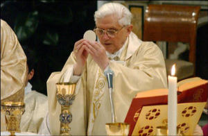 Pope Benedict XVI elevates the Consecrated Host at the Holy Sacrifice of the Mass