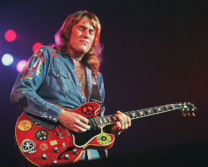 British rock guitarist Alvin Lee's 11-minute rendition of 'I'm Going Home' was immortalized in the 1970 documentary 'Woodstock.' Lee has passed away at the age of 68 following complications during routine surgery.