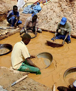 The African nation of Sudan is trying to boost exports of the rare metal and other non-petroleum products after the separation of South Sudan two years ago left Khartoum without three-quarters of its crude oil production.