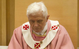 Pope Emeritus Benedict looked weary at Christmas of last year. Insiders say he has deteriorated dramatically from this time.