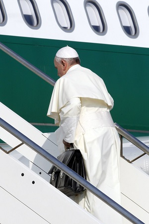 Pope Francis boards the plane to World Youth Day 2013