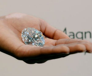 The ice-like chunk of carbon will be the main attraction of Sotheby's Magnificent Jewels and Jadeite auction on October 7 in Hong Kong.