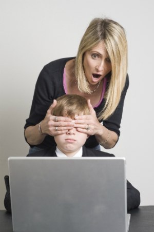 The report recommends that parents supervise their children's online activities.