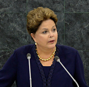 Brazilian President, Dilma Rousseff, speaking before the UN to condemn US spying.