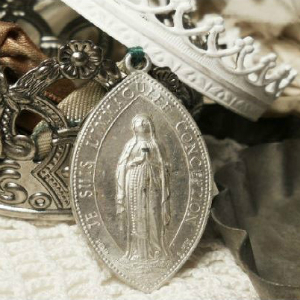 Catholic Shopping .com has a wide selection of gifts for the sacramental season.
