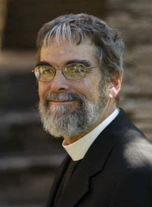 Jesuit Brother Guy Consolmagno received the coveted Carl Sagan Award for 2014, by bringing an enthusiasm for science to the general public.
