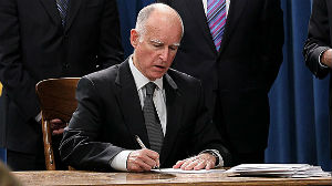 Governor Jerry Brown helped unify Republicans and Democrats to create a measure aimed at fighting California's historic drought.