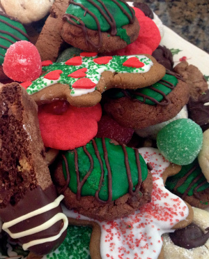 A Christmas isn't complete without Christmas cookies on the table.