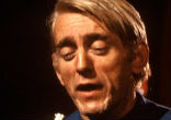 Image of Rod McKuen read and sang his poetry in his distinctive hushed, throaty style he had honed after an early life as a rock singer cracked his natural tenor.