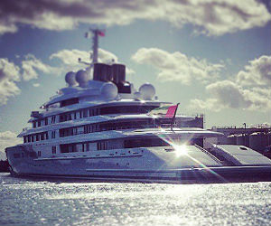 Legendary Azzam, world's largest and most expensive yacht, spotted