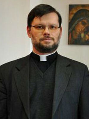 Polish priest performs mass exorcism on unknowing school kids