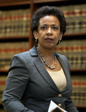 Loretta Lynch makes history as the first African-American female U.S. attorney general