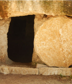 Fr. Elias on the third Sunday in Easter preaches on how Jesus helped the apostles to fully grasp the reality of the fact that He had truly risen from the dead.