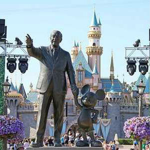 Shakeup at Walt Disney Parks -- information technology employees replaced by non-immigrant workers