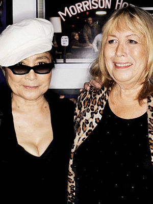 World pays tribute to Cynthia Lennon, Beatle John Lennon's first wife