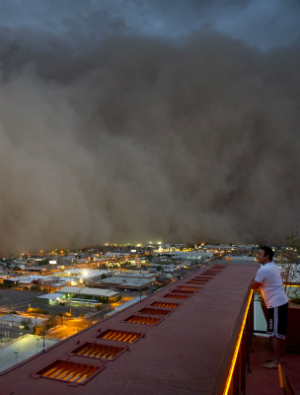 'Apocalyptic' dust storms leave experts speechless, causes remain unclear