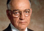 Image of Richard Dysart commented on his lengthy success with the
