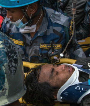 Death toll from Nepal earthquake sails past 6,000