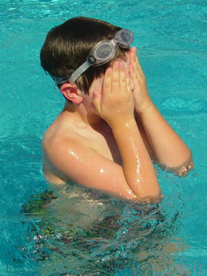 'Swimming pool eyes' are not because of chlorine... but because of urine