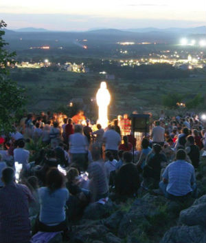 Important decision by Vatican on Marian apparitions in Medjugorje pending, Pope says