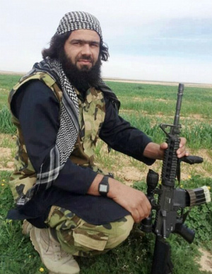 HUMAN SHIELD: ISIS imposes ridiculous beard policy in Mosul as attempt to blend in
