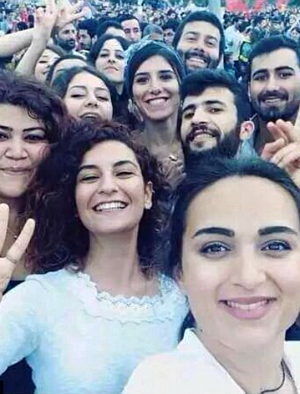 Turkish student activist dies in ISIS suicide bombing minutes after posting a selfie
