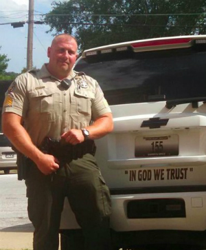 Missouri Sheriff's 'inspiring' phrase on police patrol cars enrages atheists