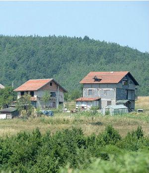 Islamic State suspected of using Bosnia-Herzegovina village to train terrorists