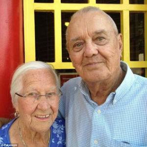 Husband and wife, married for 75 years, die in each other's arms