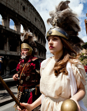 Romans lose hope for city, fear mayor is too weak to conquer political scandals