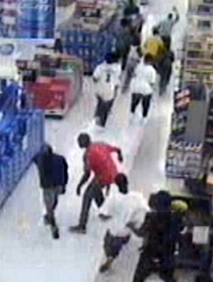 Gang of teens riot inside Georgia Walmart causing thousands of dollars in damage