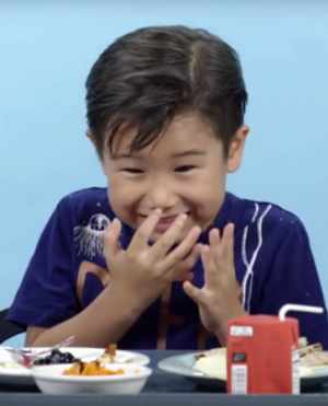 Hilarious video captures American children taste-testing school lunches from around the world