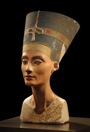 British archaeologist to begin search for Queen Nefertiti's tomb