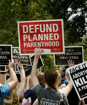 Push to de-fund Planned Parenthood