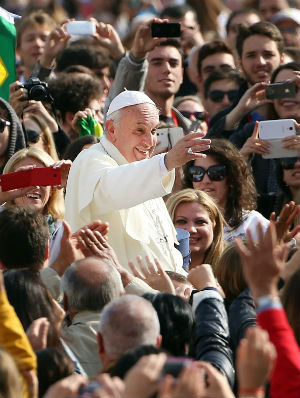 Pope Francis warns of ISIS infiltration into Europe