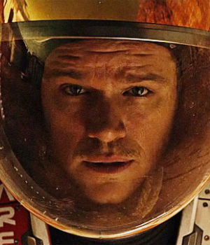 Masses of moviegoers move to see 'The Martian,' making it number one at box office