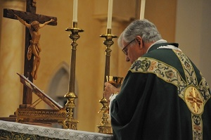 Ordinariate of the Chair of St Peter, Catholics nurtured in the Anglican tradition, receives its First Bishop