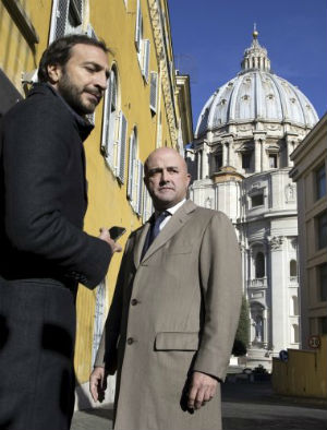 Vatican corruption: Journalists stand trial