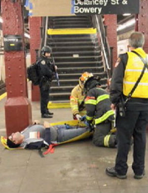 Suicide bomber and K-9 units in New York subway station - but it's not what you think (WARNING: GRAPHIC IMAGES)