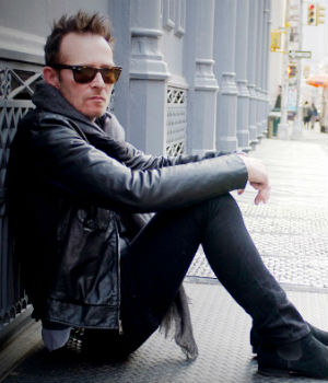 Rock singer Scott Weiland 'found dead on tour bus' at age of 48