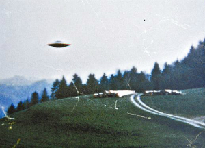 CIA releases top secret X-Files to the public. Do we really want to know the TRUTH about aliens? (PHOTOS)